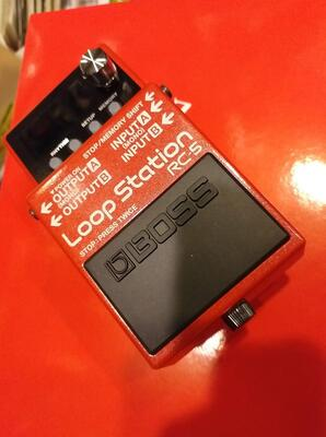 RC 5 Loop pedal fra Boss